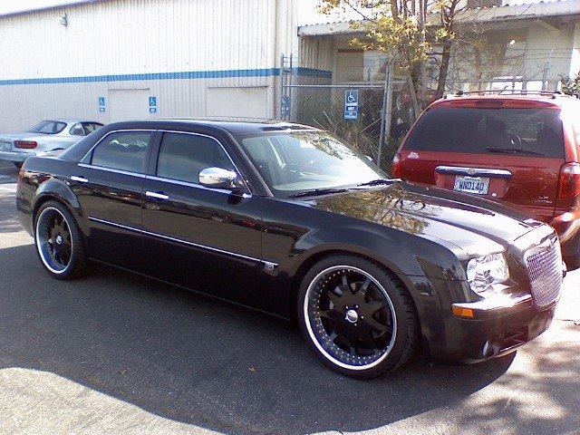 EXPIRED 2006 Chyrsler 300C Blk on Blk CUSTOM For Sale  Chrysler