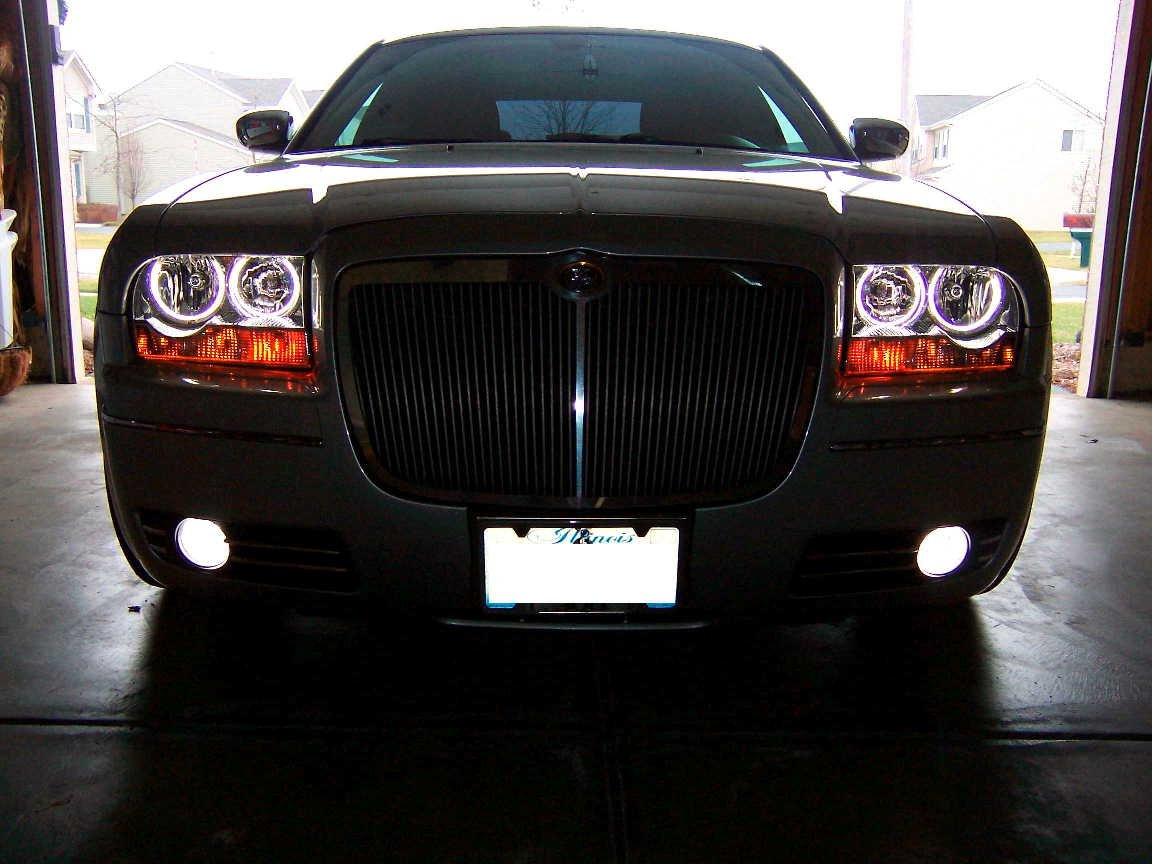 Removing 300 touring headlight assembly page 2 chrysler 300c forum 300c srt8 forums