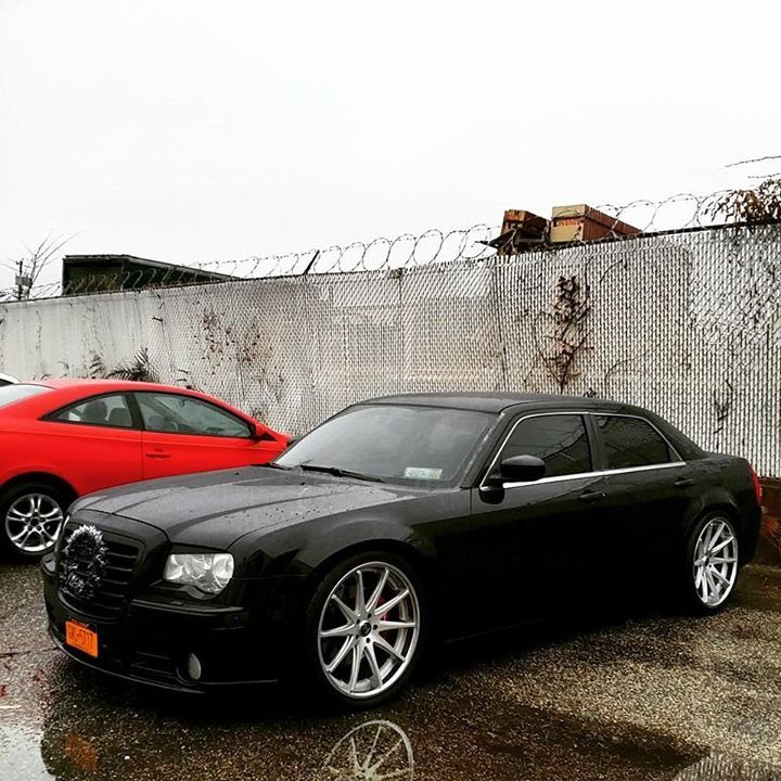 Chrysler 300c Forum 300c: EXPIRED: 06 SRT8 300c BB 48k LI,NY BC Coilvers/staggerd