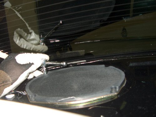 How To: Remove Rear Deck Cover & Rear Speakers-14.jpg