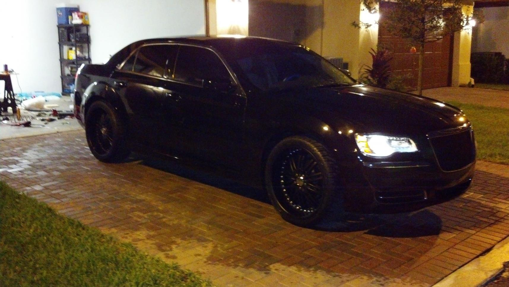 Black Mesh Grille and 22 Flat Blacks Installed  Chrysler 300C