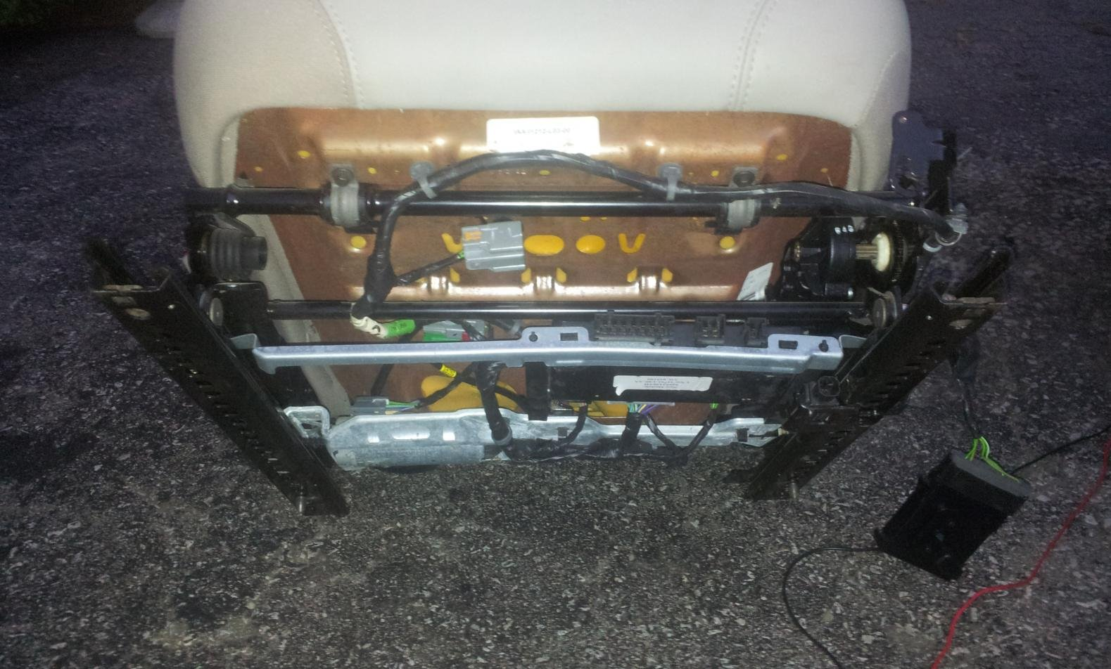 Need help with Chrysler 300 power seat wiring | Chrysler 300C ... 2010 dodge charger fuse box diagram 300C Forums