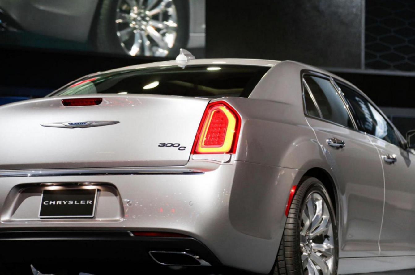 Car Tail Lights >> Customizing Base Touring Tail Lights to look like 2015 - Chrysler 300C Forum: 300C & SRT8 Forums