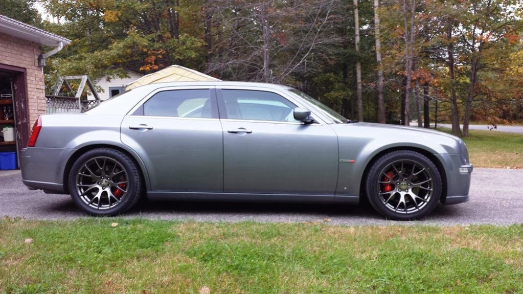 widen stock srt8 wheels chrysler 300c forum 300c srt8. Black Bedroom Furniture Sets. Home Design Ideas