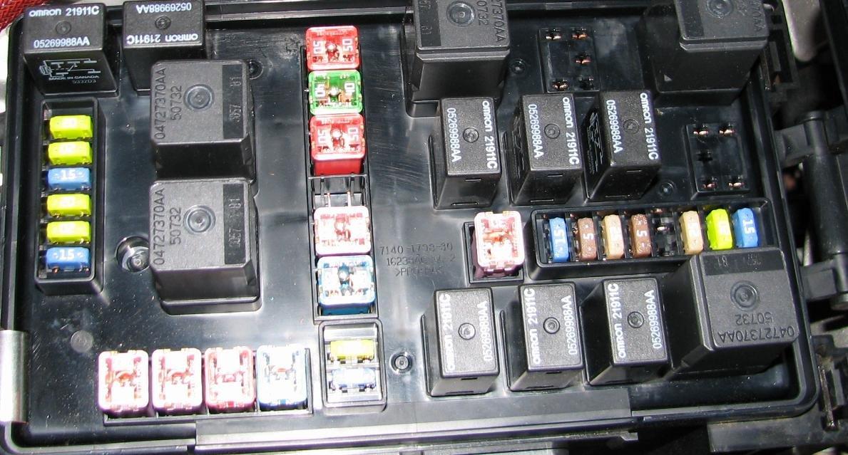 2008 chrysler 300 ac wiring diagram taurus cigarette lighter fuse location 2006 taurus free