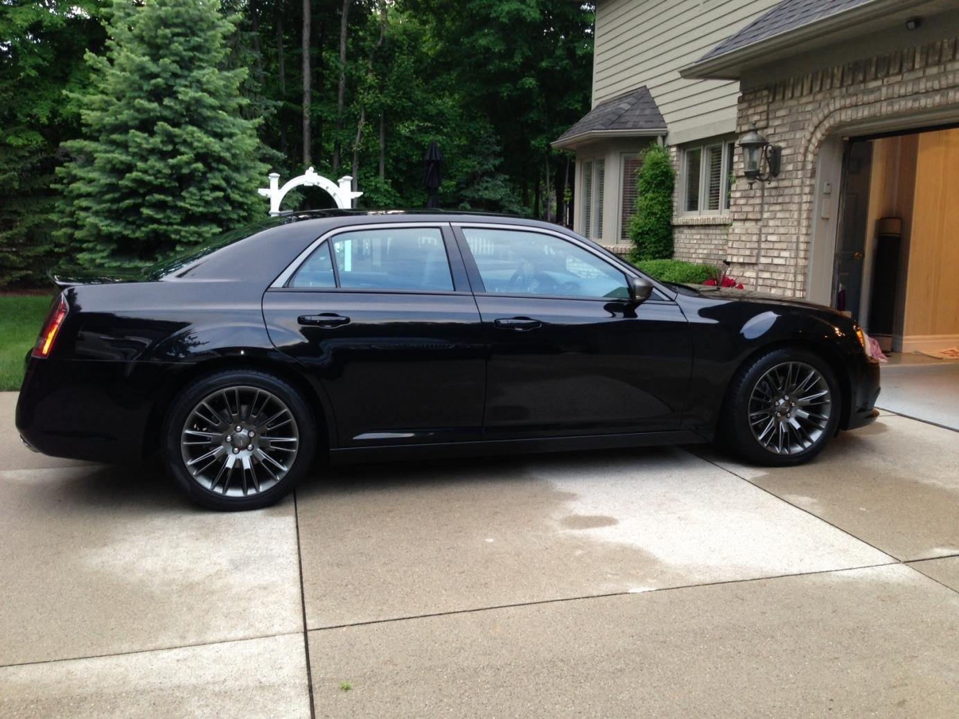 2013 Chrysler 300 C John Varvatos >> John Varvatos Limited Edition Luxury Edition 2013 300c Page 11