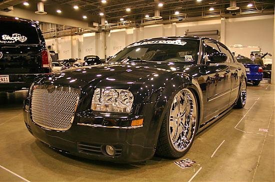 Custom 300c Pictures... Post any you have!-300c-3-.jpg