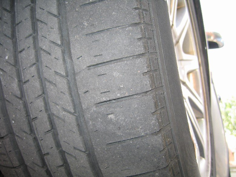 Chrysler 300 Custom >> Front Tire Wear - Caused by Alignment Issue - Chrysler 300C Forum: 300C & SRT8 Forums