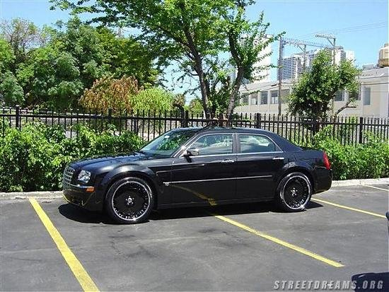 Custom 300c Pictures... Post any you have!-300c.jpg