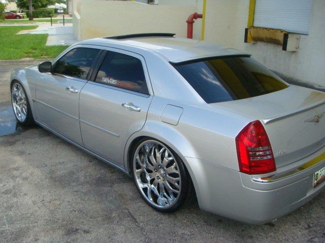 photoshoot with 22 inch wheels moved chrysler 300c forum 300c srt8 forums. Black Bedroom Furniture Sets. Home Design Ideas