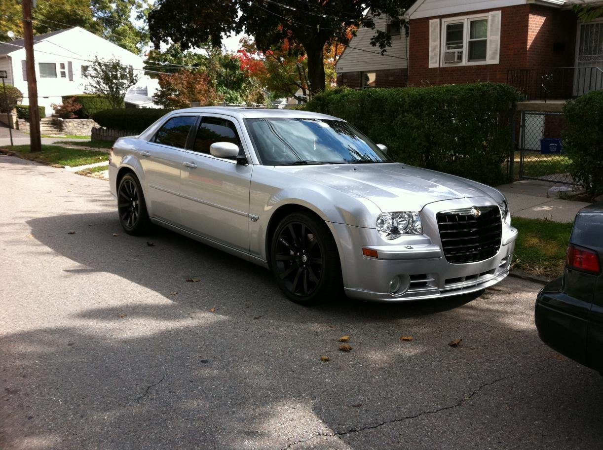 Silver on Black, the New Black on Black - Chrysler 300C ...