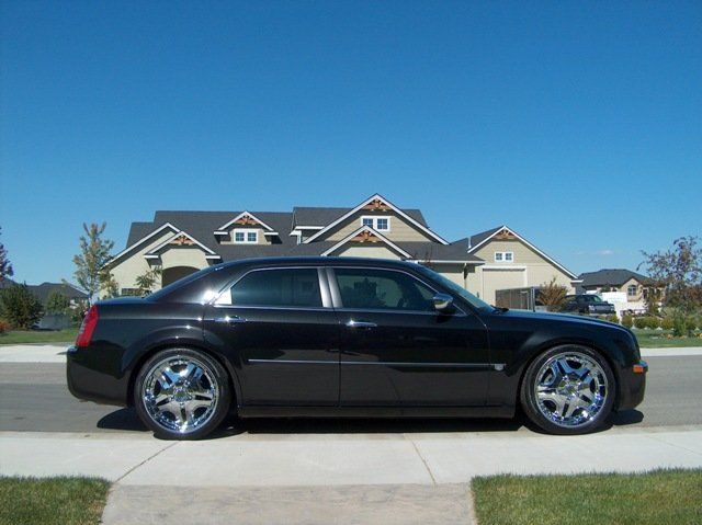 Custom 300c Pictures... Post any you have! - Page 4 - Chrysler ...