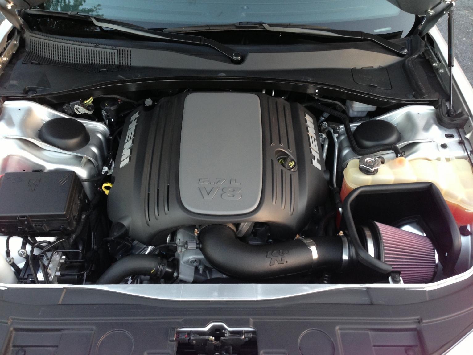 K&N Intake on my 300C-image.jpg