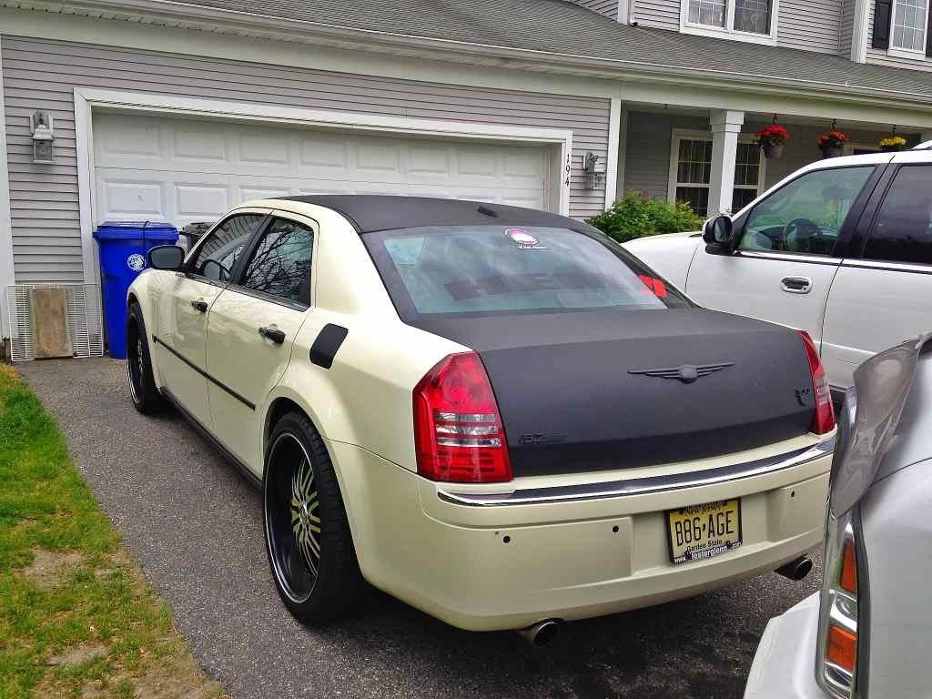 chrysler 300 door lights with 117089 300cforums   May 2013 Rotm Voting Poll on Bmw 8 Series E31 1989 also Electrical Wiring Diagram 2006 Chevy Tahoe as well Fuses And Relay Chrysler Sebring 2001 2007 additionally Early 912 wiring additionally 2017 Chrysler 300 S Price Interior Changes Redesign.