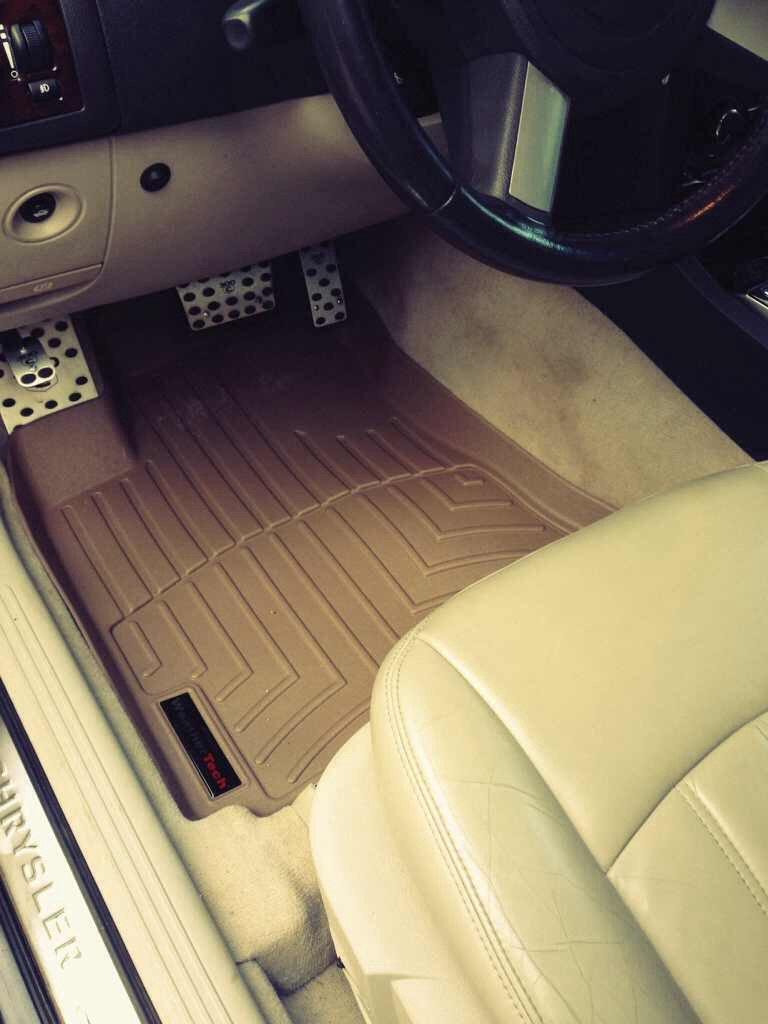 Weathertech floor mats calgary - Weather Tech Or Husky Liners Imageuploadedbyautoguide1385560109 235706 Jpg