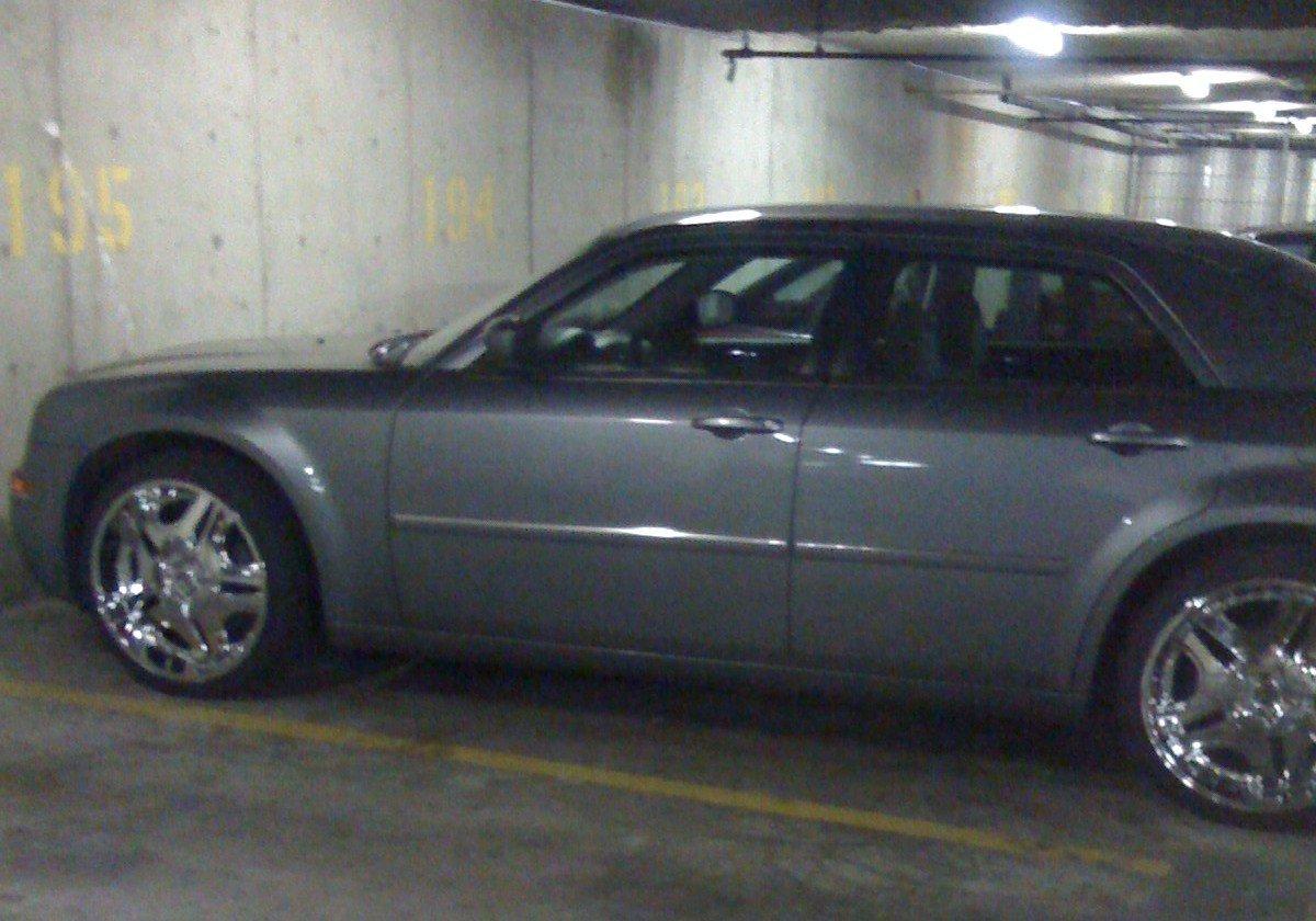 F/S: 2007 Chrysler 300 Amazing