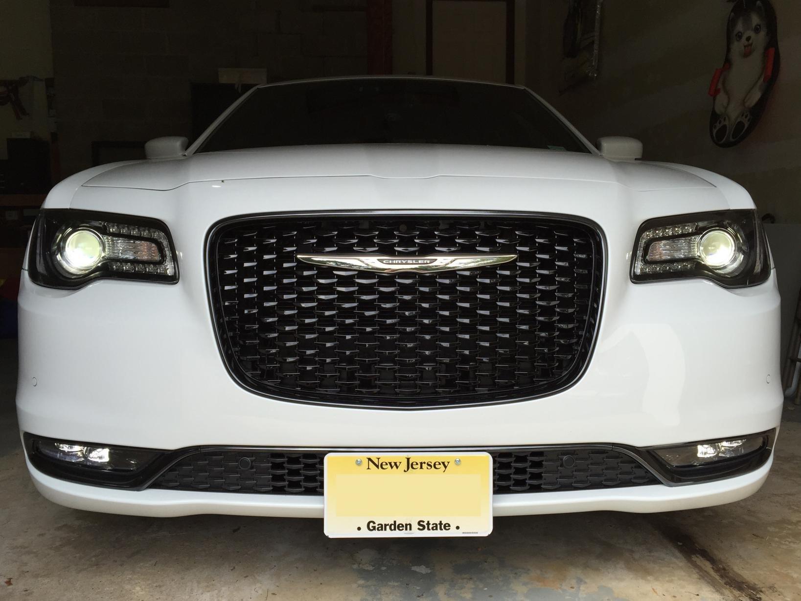 Removable, Metal Sto N Sho License Plate Bracket for 2011-2014 Chrysler 300
