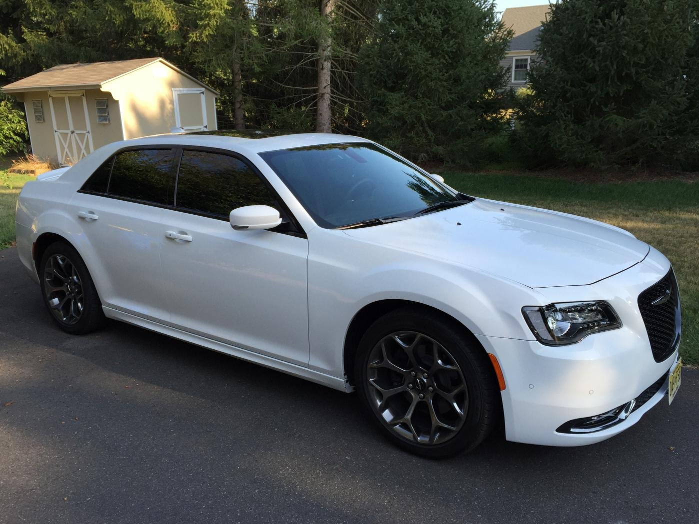 Large as well Side Window Air Deflect furthermore Dec Fd E F F F Fa C C in addition Eyelidswhite as well D S Window Tint Question Issue Img. on chrysler 300 window tint