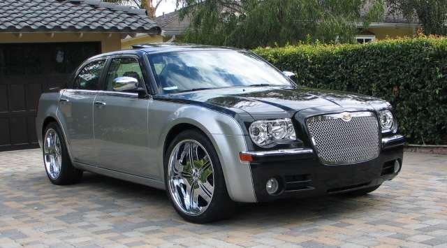 Chrysler 300 White >> custom paint - Chrysler 300C Forum: 300C & SRT8 Forums