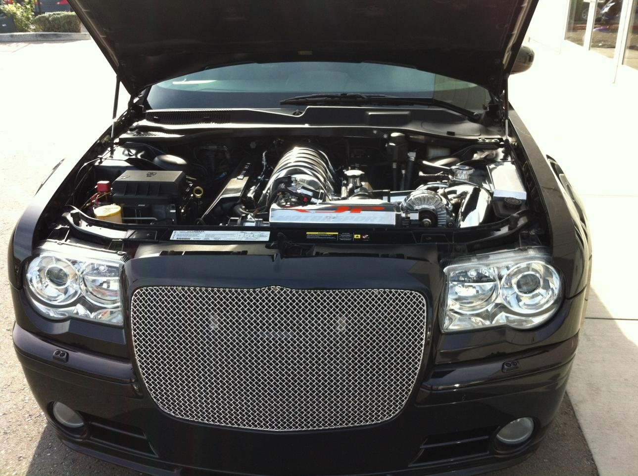 news uae for in sale chrysler drive a srt so bought arabia we tag the