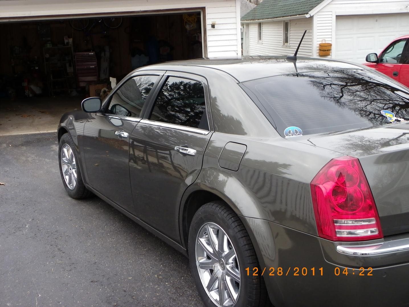 Cee Bbc B D Ad E Ef A Fe moreover D C New American Racing Torque Thrust M Img further Bc E F A A C A F Orlando Chrysler Pt Cruiser moreover D S Window Tint Question Issue Img moreover Chrysler Fatchance Lowered. on chrysler 300 window tint