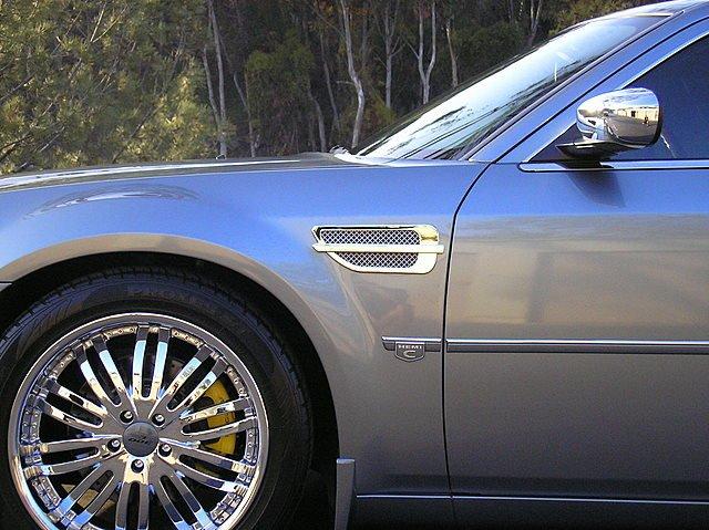 Chrysler 300 port holes