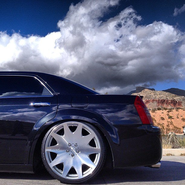 Chrysler 300c Forum 300c: Slammed 300c On MRR HR3