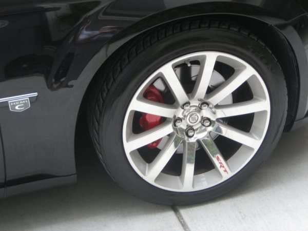 "Painted Calipers and ""SRT"" rim logo-right-front.jpg"
