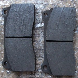 Brembo GT front pads
