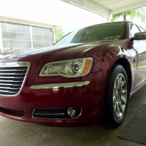 2014 Chrysler 300c Deep Cherry